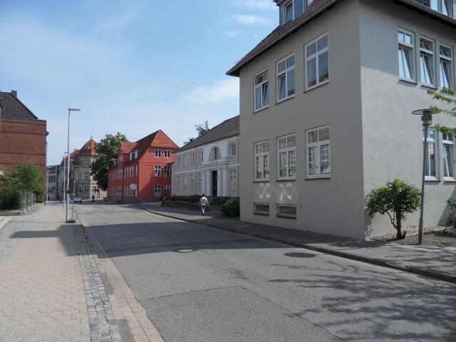 Waitzstrasse-1-m.fl_.